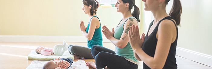 postnatal-yoga2